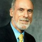 Vinton Cerf. Biography. Achievements. Personal life.
